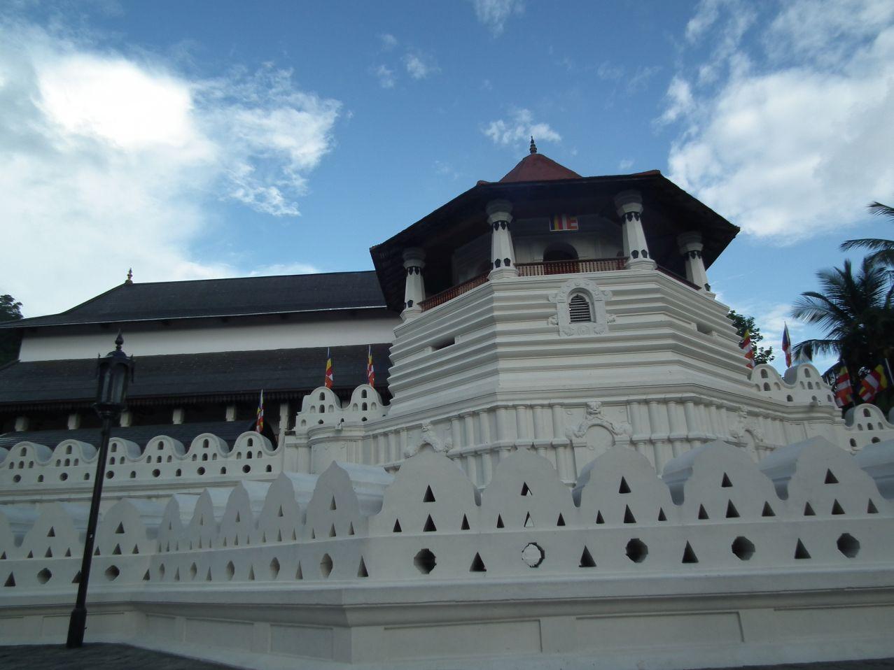 Kandy Świątynia Zęba - Dalada Maligaw